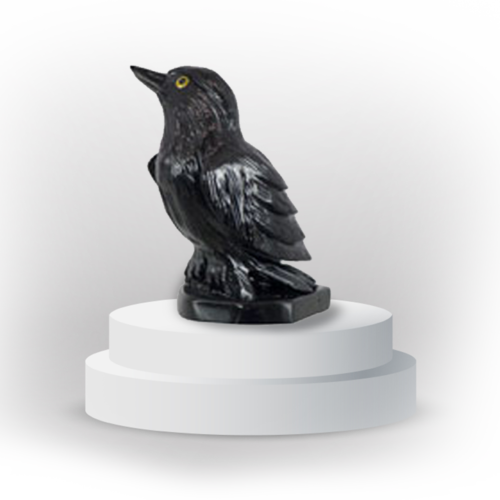 Raven animal totem in black onyx, and made in Peru, symbolizing guidance and reconnection with magic